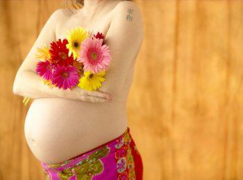 Nove mesi con l'ostetrica: la dolcezza della gravidanza a basso rischio (e senza medico!)