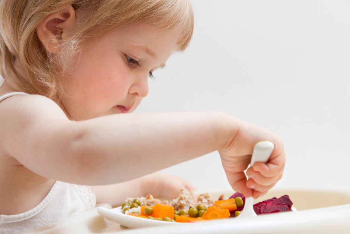 Bambino 2 Anni Non Mangia.Quando I Bambini Non Mangiano Gg Giovani Genitori