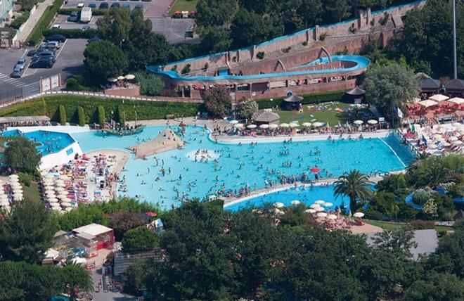 Sport e piscine giovani genitori for Caravelle piscine