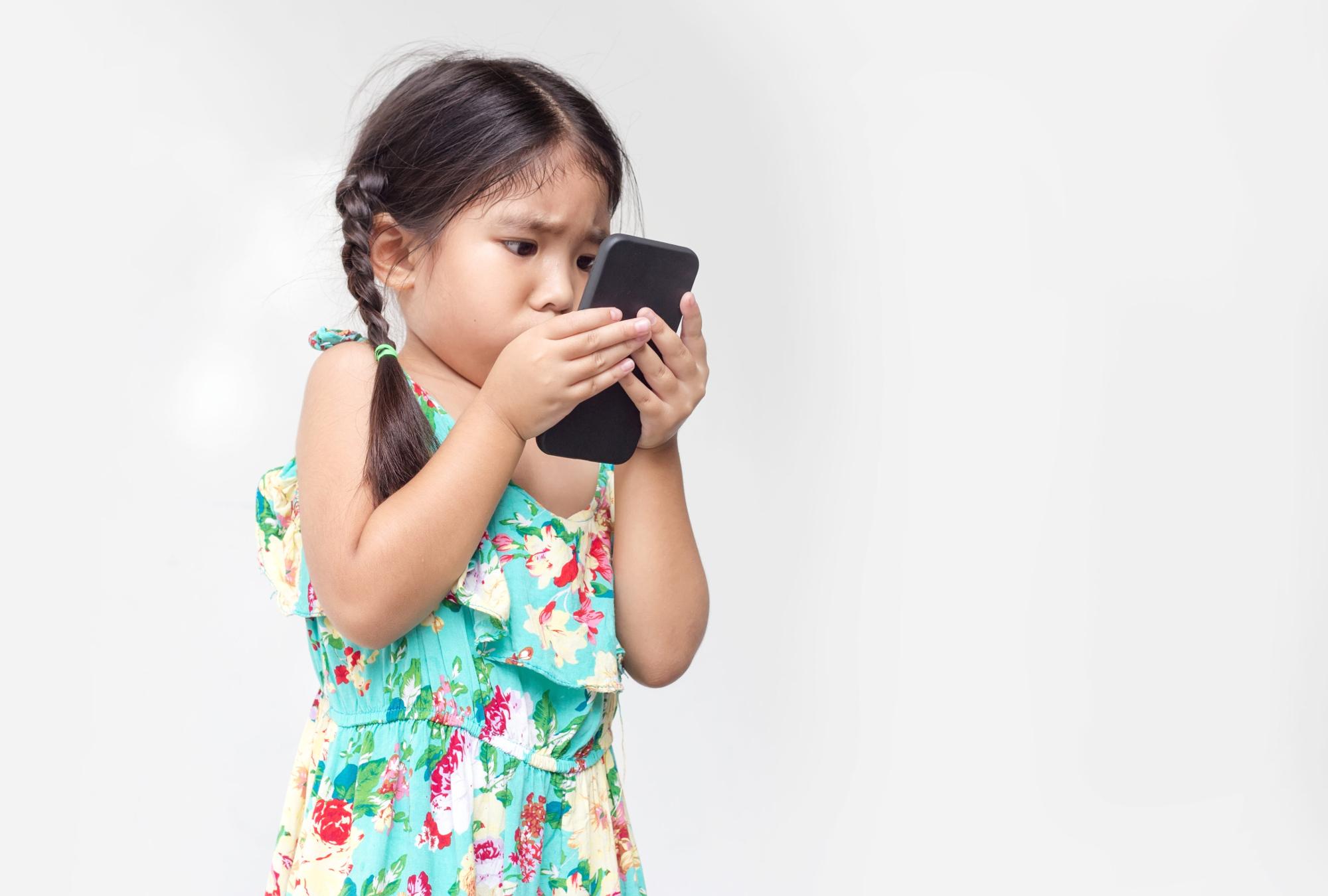 La miopia dei bambini e dei ragazzi può migliorare?