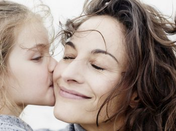 Ci sono bambini che rifiutano i coetanei. Per quale motivo?