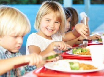 Nelle scuole di Brescia l'ok a portare il pasto da casa