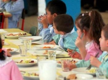 Nelle scuole di Milano oggi il menù è universale