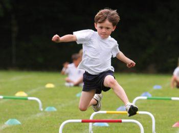 Attività extrascolastiche: spingiamo troppo i nostri figli?