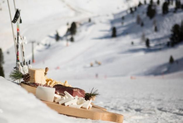In Trentino l'aperitivo è Happy Cheese!