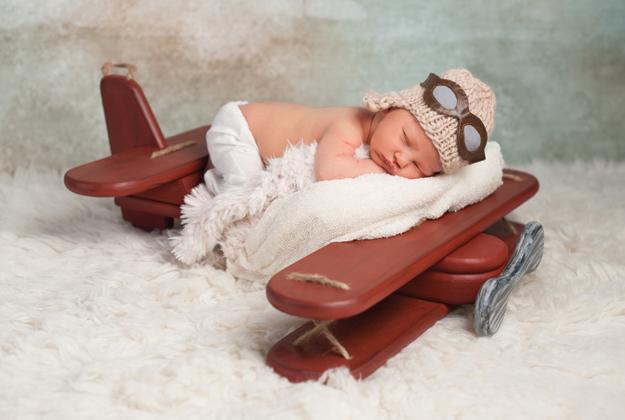 Bimbi piccoli in aereo? Missione possibile!