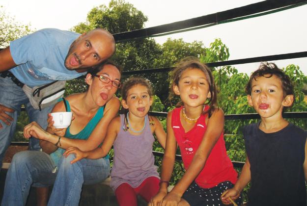 Vita da expat e tre bimbi figli di cooperanti