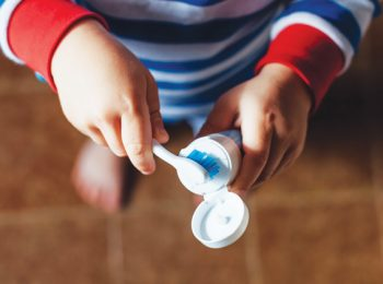 Bambini  igiene personale e in casa - Giovani Genitori 3585a672923