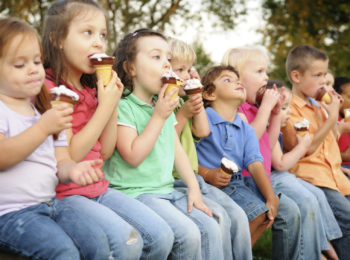 Torino, gelato gratis per i bimbi delle elementari