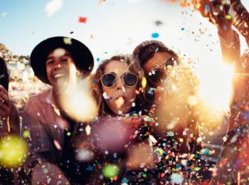 In vacanza con i teen: cinque consigli che salvano tutto