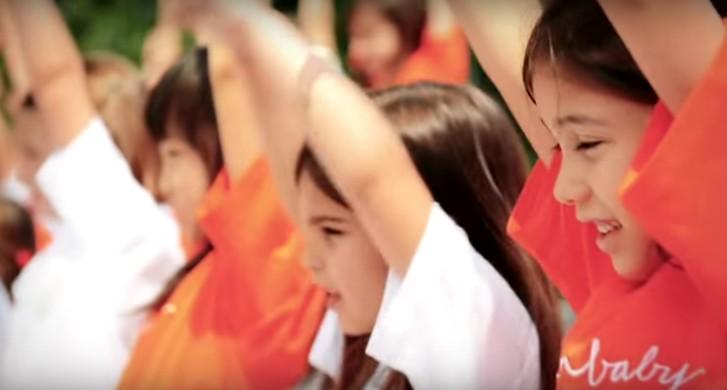 Il Coro dei Piccoli Cantori di Milano raccoglie fondi per cantare con i bimbi in ospedale
