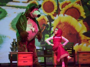 Masha e orso live show