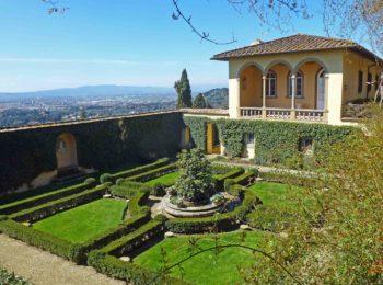 Visita ai giardini di Villa Le Balze