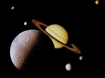 La Luna e Saturno