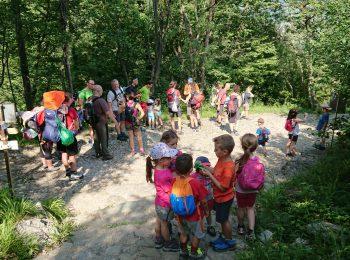 Family CAI, in montagna coi bambini