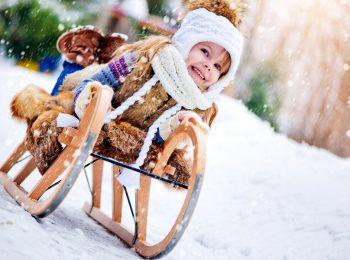 Bambini all'aria aperta anche d'inverno