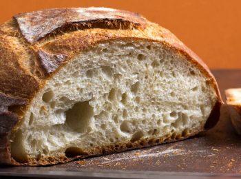 Tra farina e racconti: il pane