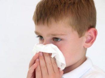 Prevenzione del raffreddore: sono utili gli immunostimolanti per bambini?