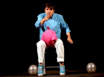 Storia di un palloncino blu