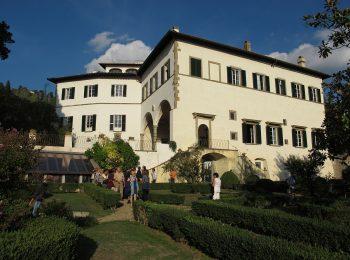 Visita ai giardini di Villa La Torraccia