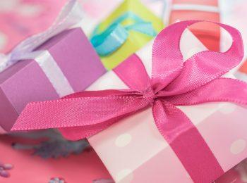 Vietati i regali alle maestre: succede in una scuola in Puglia