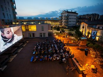 AreaKids al cinema all'aperto di mare