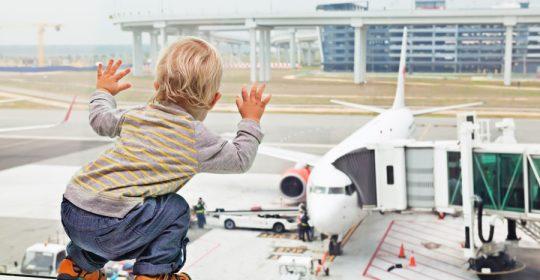 posso portare il passeggino in aereo