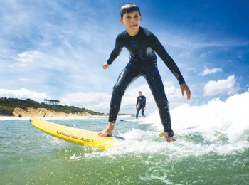 Surf mama: i racconti d'onda di Silvia, mamma, fotografa e surfer