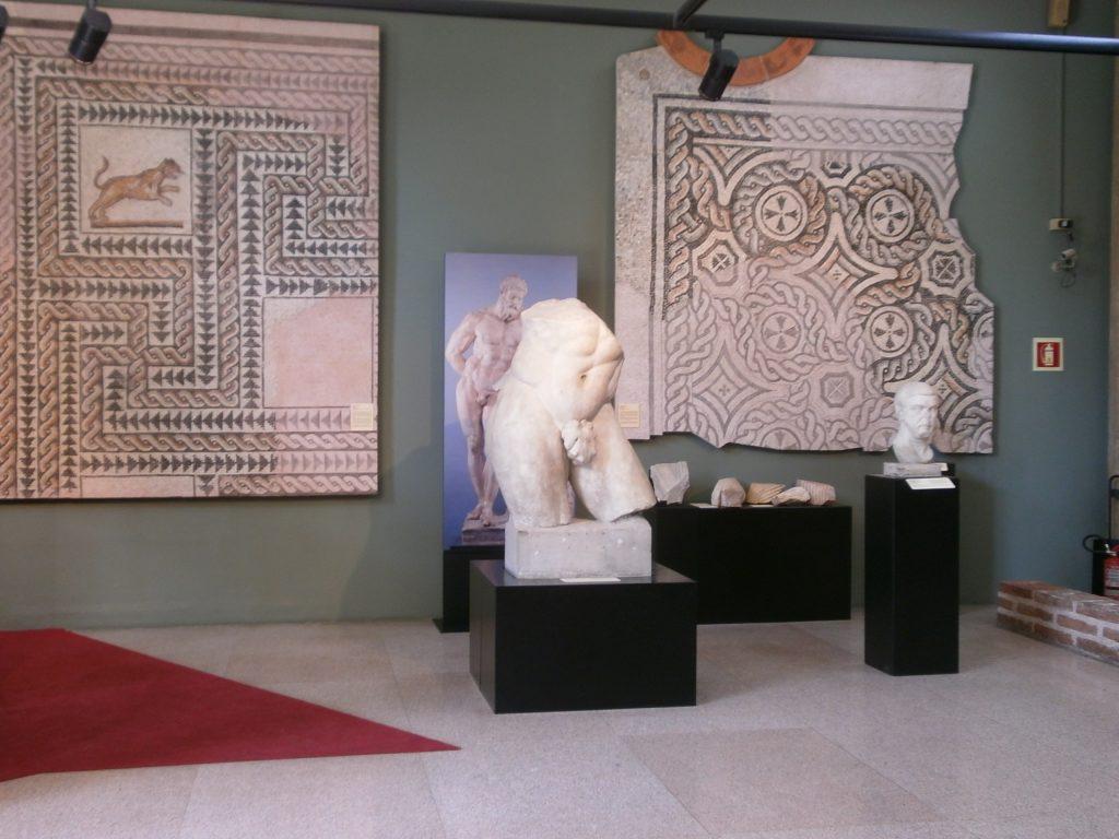 GG al museo archeologico in ottobre1