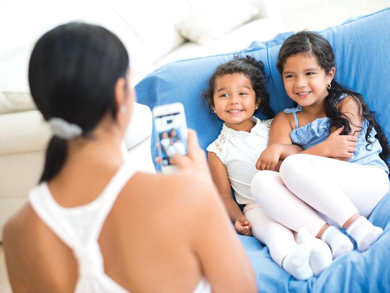 postare foto di bambini in rete