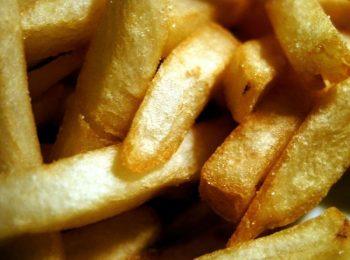 L'acrilammide fa male. Stop a patatine fritte, toast e carne alla griglia
