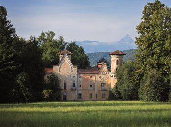 Arte immersa nel parco, al Castello di Miradolo
