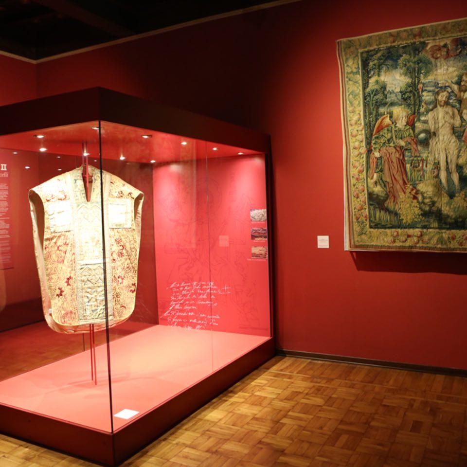 Al Museo del Tesoro del Duomo di Vercelli ottobre è fumetto