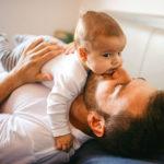 Con il congedo di paternità i papà desiderano meno figli