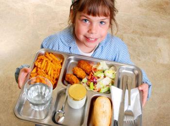 Cosa mettono in tavola le mense scolastiche?