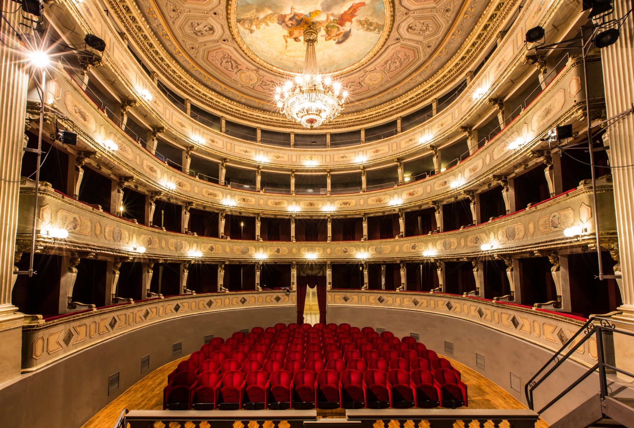 Teatri da scoprire: il più piccolo del mondo e altri piccoli teatri
