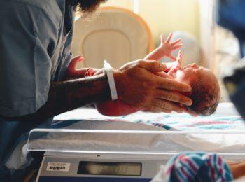 Gravidanza: il test del DNA finalmente è gratis
