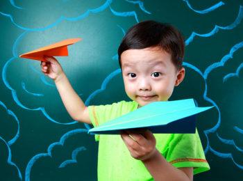 44 aeroplani di carta che volano davvero