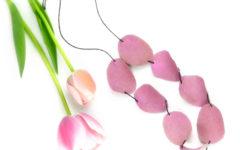 collana di petali