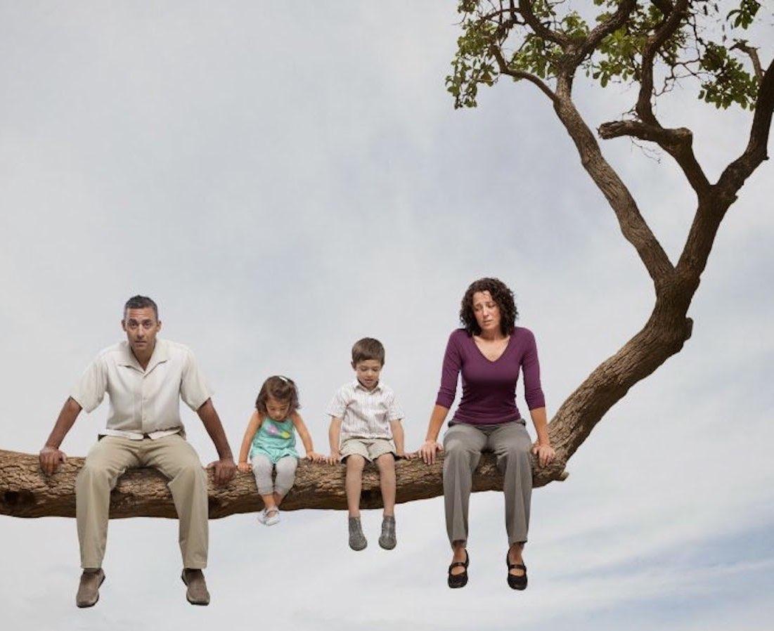 Non èun paeseper famiglie: storie difficili durante il lockdown