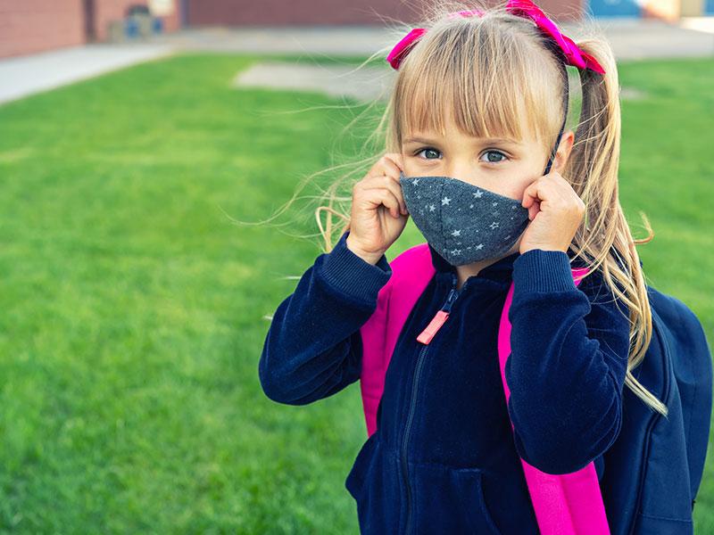 A scuola: mascherine chirurgiche o lavabili?