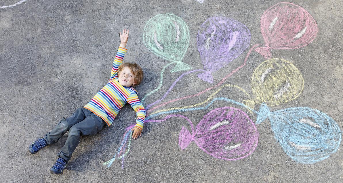 Giocare da soli: utile per i genitori, importantissimo per i bambini